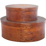 Antique pair of nesting Shaker fingered pantry boxes; original finish