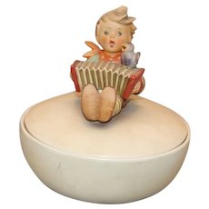 "Hummel Figurine III/110/O ""Let's Sing"""