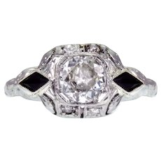 Art Deco European Round-Cut Diamond and Onyx 18k Ring