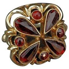 Antique 14K Gold Garnet Dome Ring