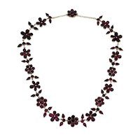 "Georgian Foiled 17"" Garnet Pansy Necklace in 12ct Gold"