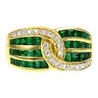 Gallant 18K Gold Diamond Emerald Ring