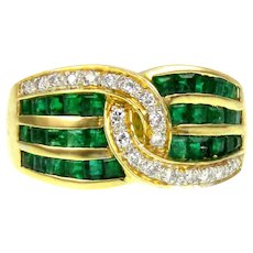 Gallant 18K Gold Diamond Emerald Ring