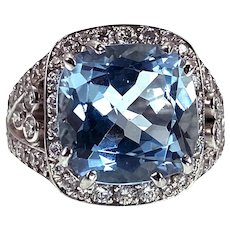 Opulent 18K & 6.15ct  Aquamarine  & Diamond Ring