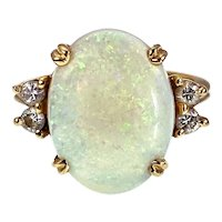 Vintage 18k, Opal & Diamond Ring