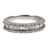 18K & Diamond Band Ring