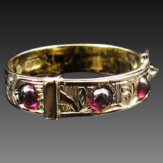 *The Megingjord* 9K Gold & Cabochon Garnet Ring with Hallmarks