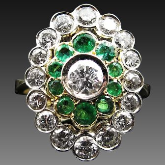 *The Empress* Outstanding 2.44 cttw Diamond & Emerald Vintage Ring in 18k Gold