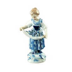 Antique Meissen Hand Painted Porcelain Figurine: Girl With Flowers In Apron