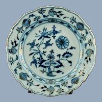 Antique Meissen Porcelain Gilded Blue Onion Plate