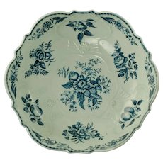 Antique 18th Century Dr. Wall First Period Worcester Porcelain Pinecone Pattern Salad or Junket Bowl