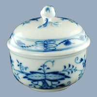 Vintage Meissen German Porcelain Blue Onion Lidded Bowl with Rose Finial