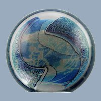 Vintage Robert Eickholt Dichroic Planet Art Glass Dual Position Disc Shaped Paperweight