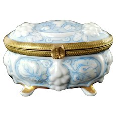 Hand Painted Floral Continental Porcelain Footed Trinket Box Signed E. Alonso ARM