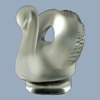 Vintage Lalique Crystal Swan Cygnet Letter Seal Paperweight