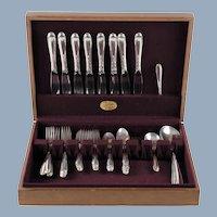 Vintage Oneida Heirloom Sterling Silver Heiress Pattern 32 Piece Service