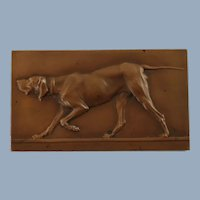 Antique Victor Peter Rectangular Bronze Relief Plaquette Fauvette, Chienne d'arrêt Pointer Dog Motif