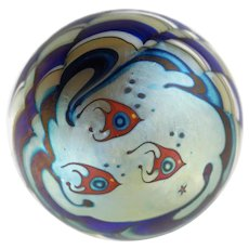 Vintage Signed Lundberg Studios Fish Motif Iridescent Paperweight Signed and Dated 1977