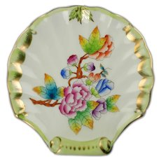 Vintage Herend Queen Victoria Decor Shell Shaped Trinket Dish