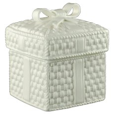 Vintage Sybil Connolly for Tiffany & Co Tiffany Weave Lidded Irish Parian Bone China Box with Basketweave and Ribbon Motif