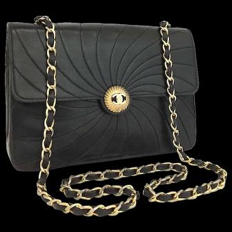 Authentic Chanel Classic Flap Black Vintage Wave Rare Lambskin 5676
