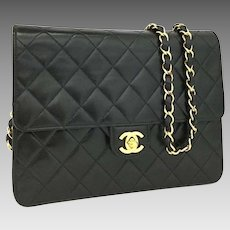 Chanel Classic Flap Quilted Matelasse 22 Turn Lock Cc Logo 6275