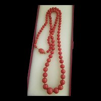 Stunning Antique Italian Coral Graduated  Bead 18K Necklace