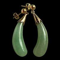 Elegant Vintage Chinese Jadeite 14K Gold Drop Earring