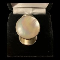 Gorgeous Vintage Large  Sterling Silver Rainbow Mother Of Pearl Statement Ring