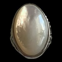 Gorgeous Huge Vintage Silver Tone Mother Of Pearl Ring