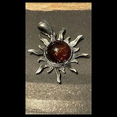 Stunning Vintage Sterling Baltic Natural Amber Pendant