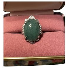 Stunning  Beautiful Vintage Aventurine Sterling Ring