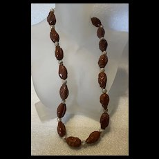 Stunning Vintage Chinese Carved Lohan Immortal Olive Nut Beads Necklace