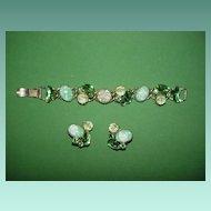 Vintage Green Artglass Bracelet