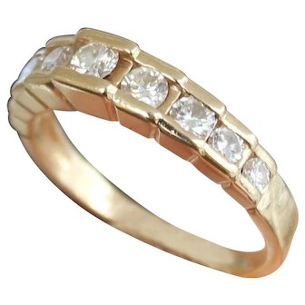 Diamond Band Vintage Graduate Stones 14k Yellow Gold