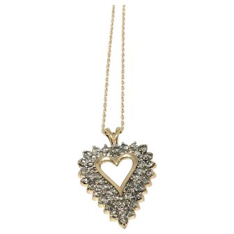 Diamond Heart Pendant in Yellow Gold Circa 1960