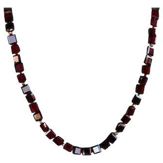 Garnet square Beads Necklace Vintage