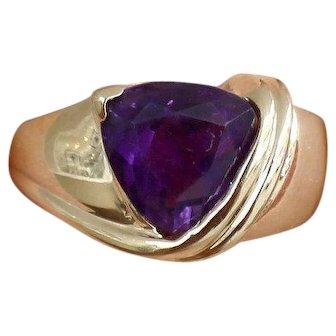 Sale! Fashion Ring Genuine Amethyst Triangle 10k Yellow Gold