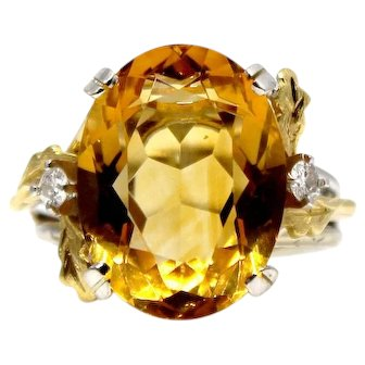 Sale! 14k Yellow Gold Oval Citrine Flanked with Oak leaves and tiny diamonds ring cocktail