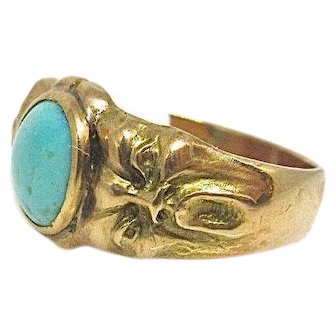 Antique 18K Yellow Gold oval turquoise, gargoyle shoulders art nouveau spooky