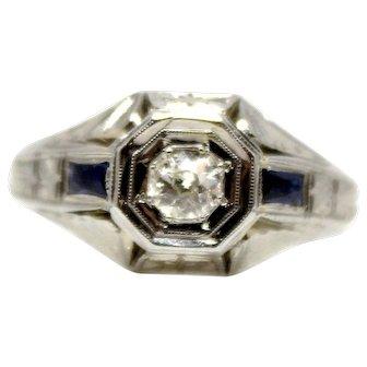Vintage Diamond and Sapphire Art Deco Ring 18 k White Gold