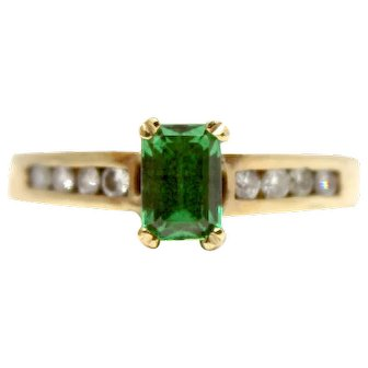 14k Emerald and Diamond ring vintage antique yellow gold