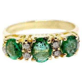 SALE! 14k 3 Stones Emerald DIamond RIng three stone engagement ring green