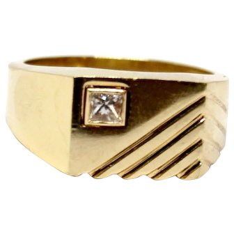 14k Yellow Gold Men's Ring Signet with Diamond Square