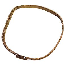 Avon Signed Vintage Bracelet, Gold Tone Finish.