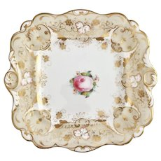 Hilditch cake plate with hand painted Billingsley rose, 1822-1830