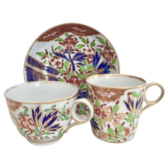 "Chamberlain Worcester tea/coffee trio, ""Thumb and Finger"" patt. 276, ca 1805"