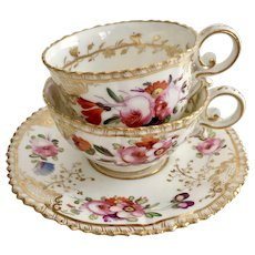 Coalport tea/coffee cup trio, hand painted flowers patt 966 on Pembroke shape, 1820-1825