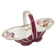 Tiny porcelain basket, Coalport ca 1825