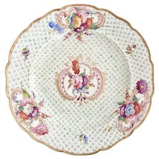 Coalport moulded dinner plate with flowers, Regency period 1815-1825